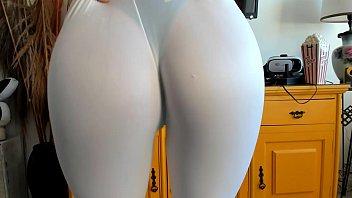 Branquinha de calça legging sem calcinha