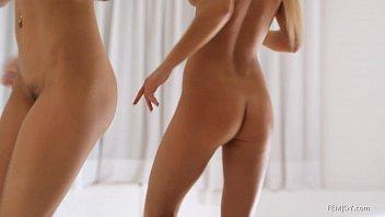 Caiu na net mandando nudes pro namorado