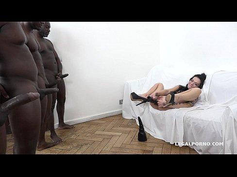 Porno gratis novinha dando pros negões