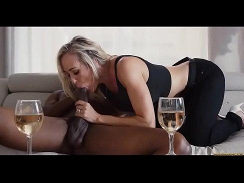 Brandi Love Anal Com O Negão Dotadão