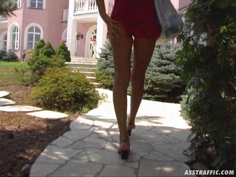 Pornô Bundas Enrabando A Sobrinha Na Orgia Com DP
